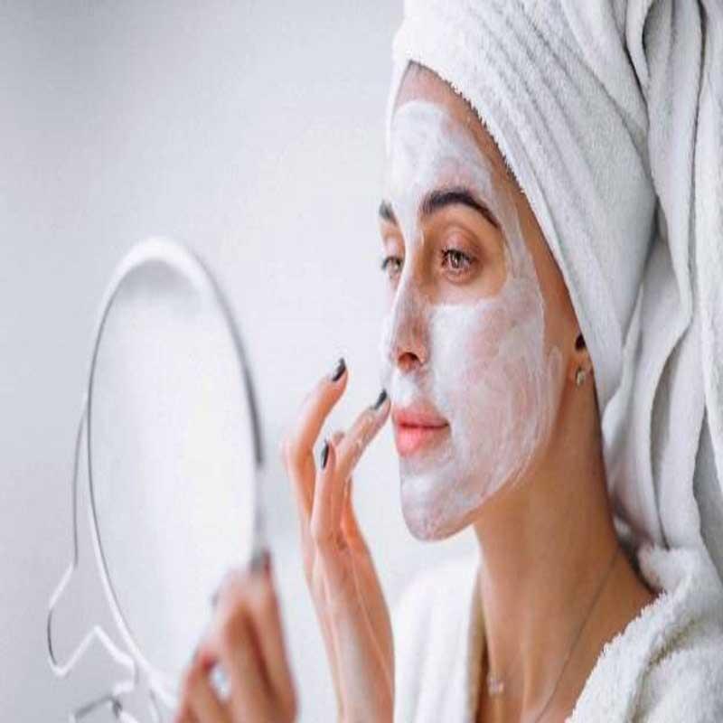 پوست شفاف و روشن با ماسک شیر